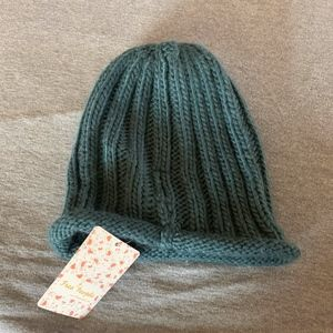 Free People Accessories - Free People  Cozzie beanie